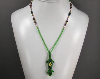 Retro Lizard Necklace, Woven Seed Beads, Figural Necklace, Comedic Lizard