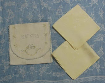 Vintage Embroidered Linen Napkin Keeper and Two Yellow Damask Napkins