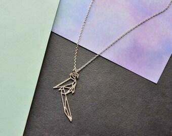 Collier de perroquet, perroquet en origami, collier origami, bijoux tropicaux, collier oiseau, perroquet géométrique, perroquet, collier géométrique