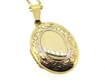 Vintage Gold Locket / Gold Locket / Antique Locket / Engraved Vintage Locket / Oval Shape Locket / Small Gold Locket /Opening Locket Pendant