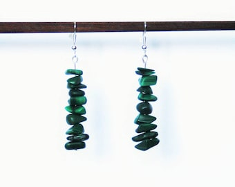 Earrings with Malachite gem stone chips