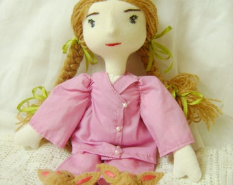 Off to bed, a Waldorf inspired doll.