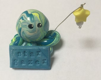 Star Gazer  Octopus Mini Marble Friend in white yellow and blue with detachable hanging star