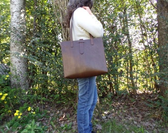 Leather tote. Leather bag. Shoulder bag. Dark brown, 12x14 inches.