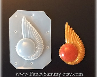 Seashell with Orb Plastic Mold