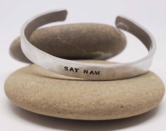 Sat Nam Cuff, Kundalini Yoga Jewelry, Sikh Jewelry, Mantra Bracelet, Sat Nam Bracelet