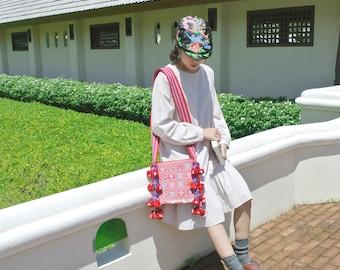 LAHU, hill tribe boho style Shoulder bag : Red