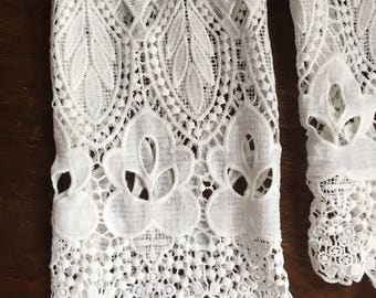 Vintage White Lace Jacket, White Lace Coverup, Bell Sleeve