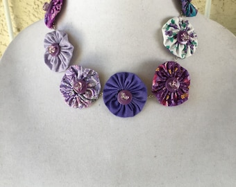 Purple and Lavender Flower Necklace Cloth purple and Lavender Necklace