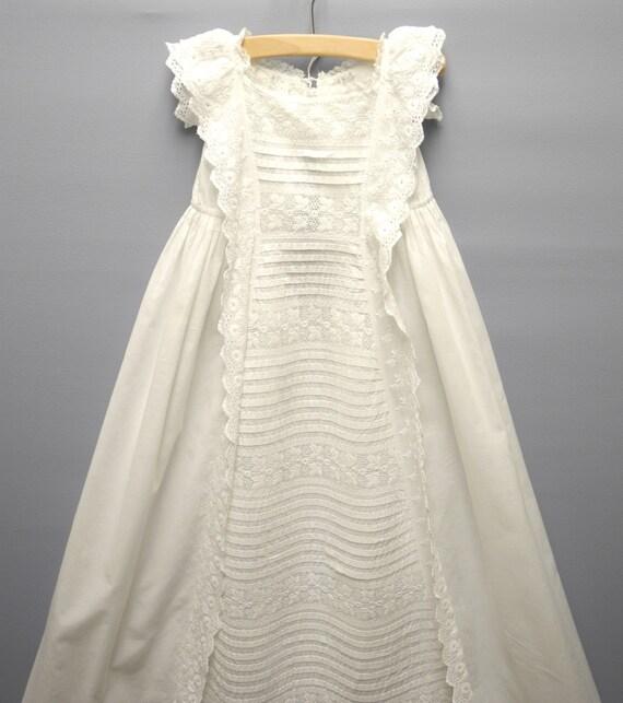 Robe victorienne dentelle blanche