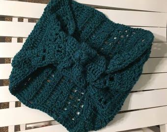 Crochet Twisted Cowl Scarf