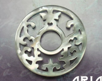 MOTHER OF PEARL: 30mm Mother of Pearl Carved Openwork Filigree Butterfly Donut Component Pendant (1)