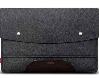 MacBook Pro 13 (with or without Touch ID) sleeve 100% wool felt, vegetable tanned leather Hampshire