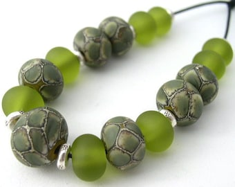 Naos Glass Peridot Dragon Set Made To Order Handmade Lampwork Beads SRA Snakeskin Scales Bead Set Olive Green
