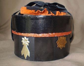 Vintage style Halloween decoration orange and black crepe paper hat gift jewelry trinket box retro owl stars old fashioned autumn decor
