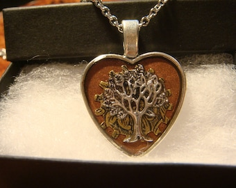 Tree of Life Heart Pendant Necklace- (2383)