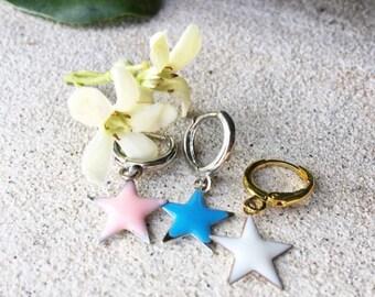 Mini circle earrings and enamel starlet