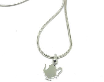 Silver teapot necklace with silver chain | Teapot pendant | Teapot jewellery | Alice in wonderland necklace | Steampunk jewellery