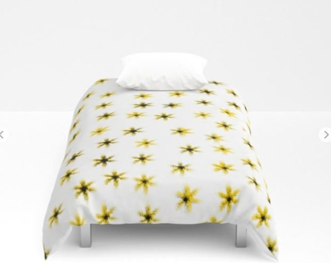 Daisy Flower Bed Cover - Duvet Cover Only - Bed  Spread - Daisy Flower Art - Bedroom Decor - Made to Order