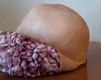 Original 20er Damen Hut Cloche aus Stroh und Stoffblüten
