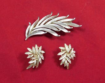 Vintage Trifari Broach and Matching Earrings
