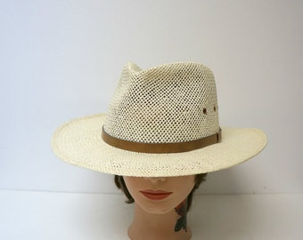 Like NEW!!! natural fiber woven Fedora with skinny leather overlay . large . made in USA