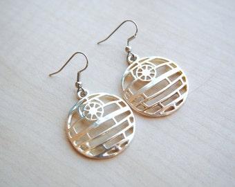 Death Star Earrings -- Star Wars Jewelry -- Darth Vader -- Star Wars Earrings -- Dark Side -- Fandom Fashion -- Handmade Jewelry