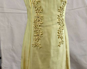 Vintage 60s/70s Yellow Dress with Flower Detail