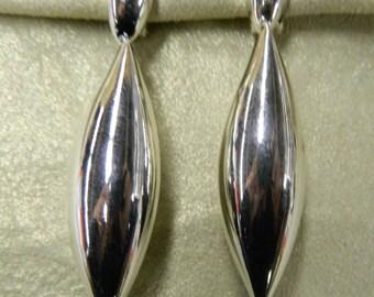 Vintage sleek tear drop silver plated clip on earrings