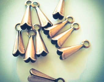 Drops - Lot of 15, Antiqued Copper-Plated Brass, 8x4mm cone - JD15