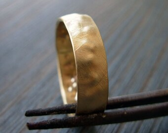 Organic. Handcrafted 14K Gold Band. Rough Gold Ring. Artisan Man Wedding Ring. Unique Gold Hammered Wedding Band. Unpolished Textured Band.