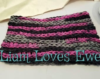 Crochet infinity cowl.  Pink, black and grey infinity cowl.  Neckwarmer. Women's infinity cowl.