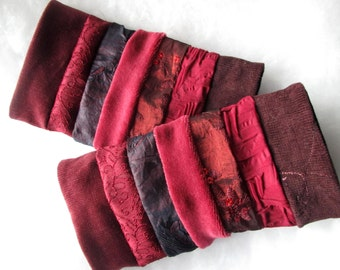 gauntlet gloves pulse warmers red dark red different fabrics