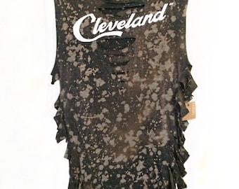 Cleveland Shirt Womens // Cleveland T Shirt \\ Ohio Shirt Womens // Cavs Shirt // Vintage Cleveland Tee