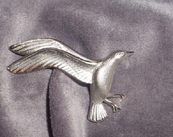 Vintage Giovanni  Seagull Brooch