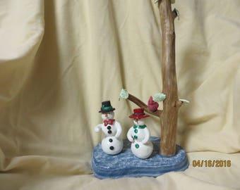 M. Mrs snowman snow
