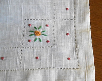 2 LINEN DRESSER SCARFS Bungalow Table Runners, Textured Pale Yellow, Bullion Embroidery Orange Roses, Green Leaf Rosebuds, Open Work 2 Sizes