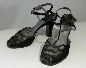 Dramatic 1940s peep toe strappy high heels US 5 1/2 -6 /  UK 3 1/2- 4