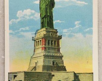 Vintage Postcard Statue of Liberty New York City Battery Park NY