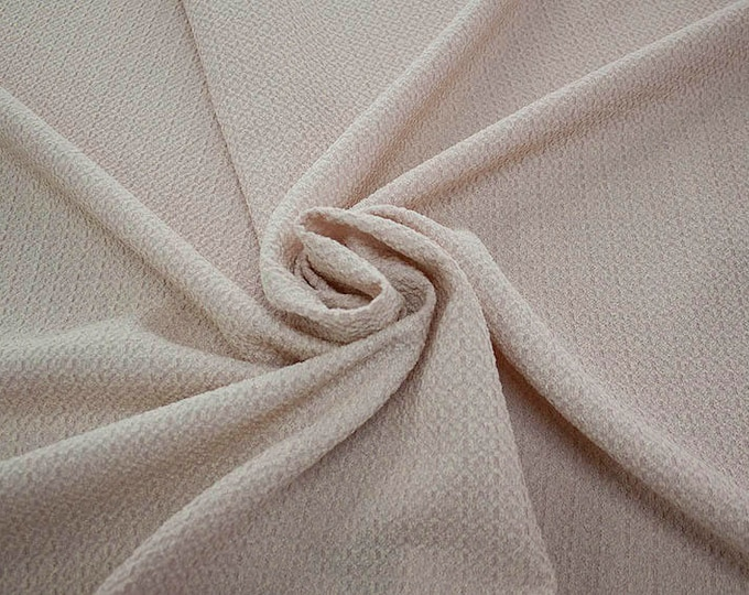 99004-140 CHANEL-Co 58%, Pa 27, Pl 15, wide 135 cm, made in Italy, dry cleaning, weight 276 gr, price 1 meter: 58.08 Euros