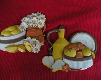 Syroco Kitchen wall hangings,  Vintage, Lenons, Daisy, made in the USA