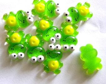 5 Green Glitter Frog Resin Flatbacks - Resin Cabochons
