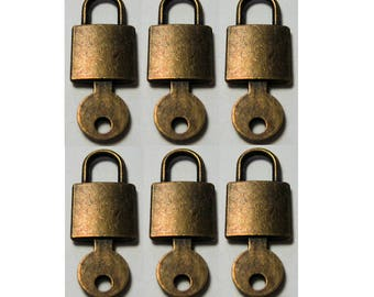 6 Pieces Small Lock with Key Charm Pendant Bronze Antiqued Brass Color