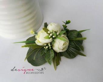 Wedding hair accessories Wedding flower pin White flower pin Bridal hair accessories Green flower pin Floral hair pin White and pin