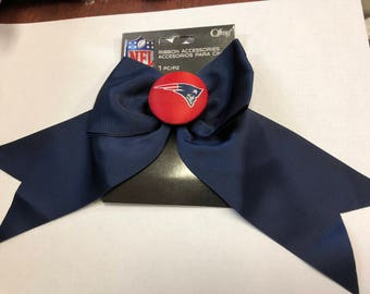 1-Piece NFL New England Patriots Red Logo Button with Navy Grosgrain Ribbon Bow
