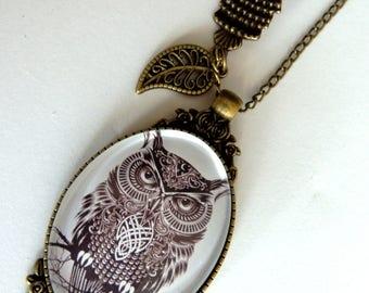 Necklace/pendant / cabochon/Ma owl, Vintage Bronze Metal.