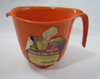 NEW Vintage Rubbermaid Orange Mix N Grip Mixing Batter Bowl 6 Cup