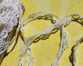 "White Venice Lace - Loop and Fan Pattern - Sewing Venise Trim - 7/16"" Wide"