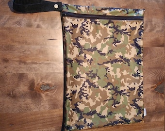 Camo print - SMALL Wetbag for Cloth Diapers, Wet swimsuits, Sweaty gym gear. 100% PUL.
