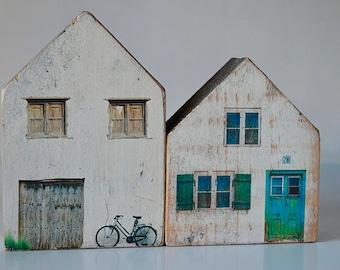 Casitas wood (wood house)